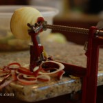 Apple peeler slicer corer