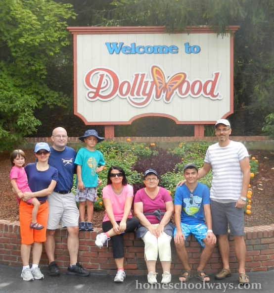 Extended family visiting Dollywood