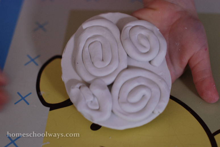 Sculpey cinnamon buns and plate