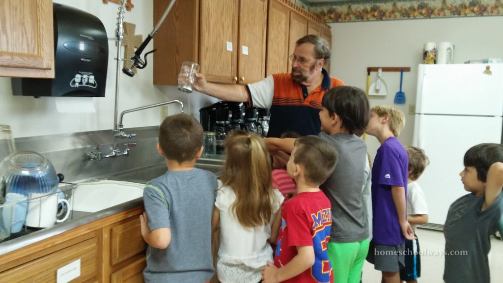 Water molecules glued together experiment for children